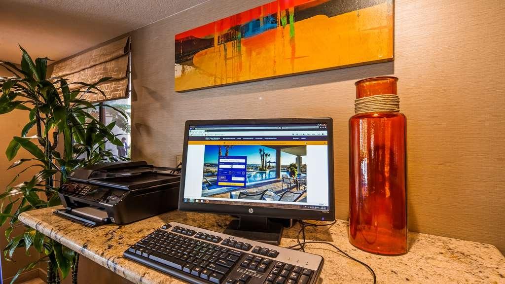 Best Western Plus Anaheim Inn - centre des affaires