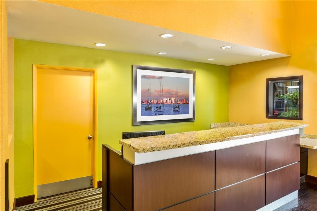 Best Western San Diego/Miramar Hotel - recepción