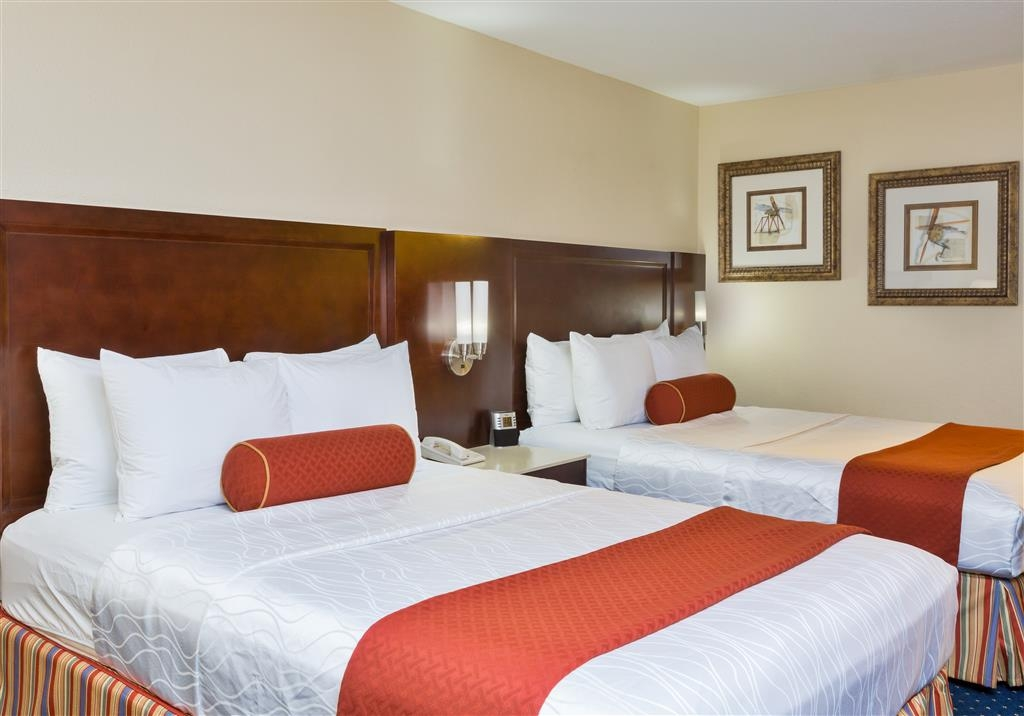 Best Western San Diego/Miramar Hotel - Catch some Z's from any of our comfortable guest rooms.