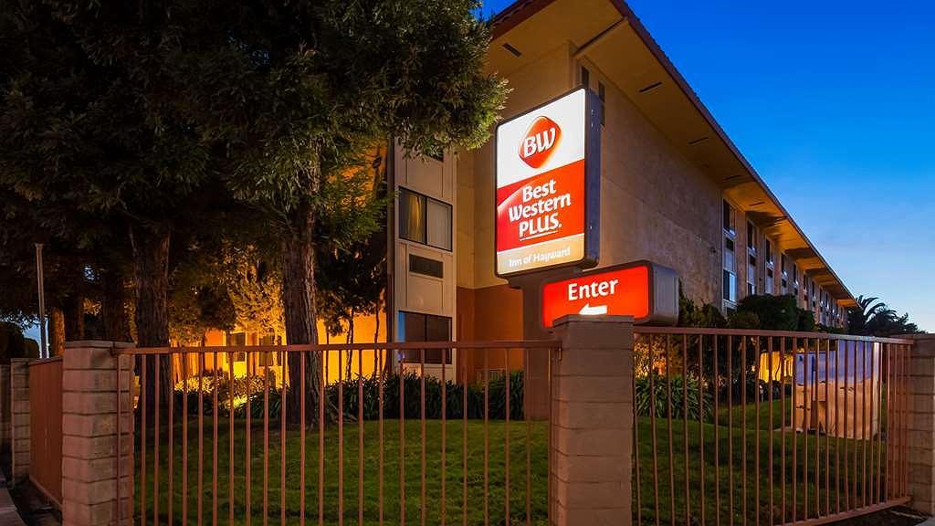 Best Western Plus Inn of Hayward - Vista Exterior