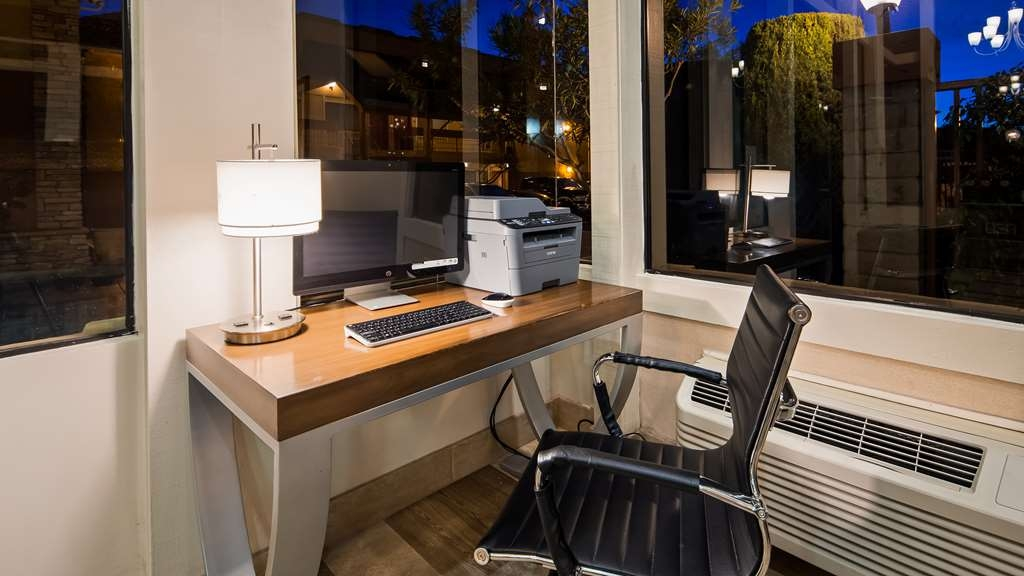 Best Western Plus Inn of Hayward - centro de negocios-característica