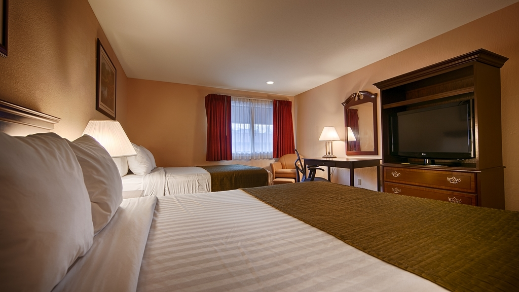 Best Western Amador Inn - Sink into our comfortable beds each night and wake up feeling completely refreshed.