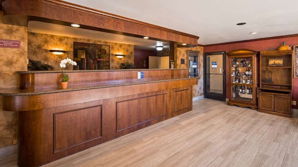 Best Western Amador Inn - Hall