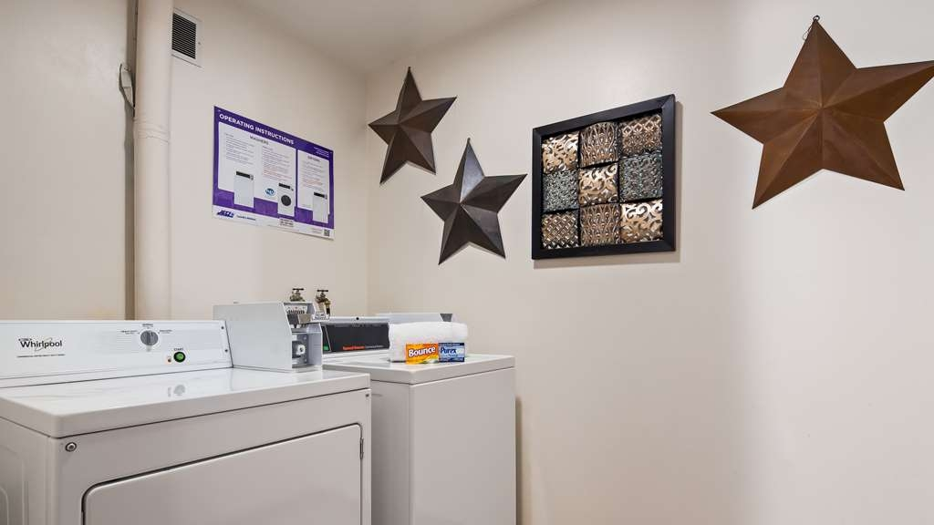 SureStay Plus Hotel by Best Western Omaha South - Our laundry facilities are available for any guest to use!