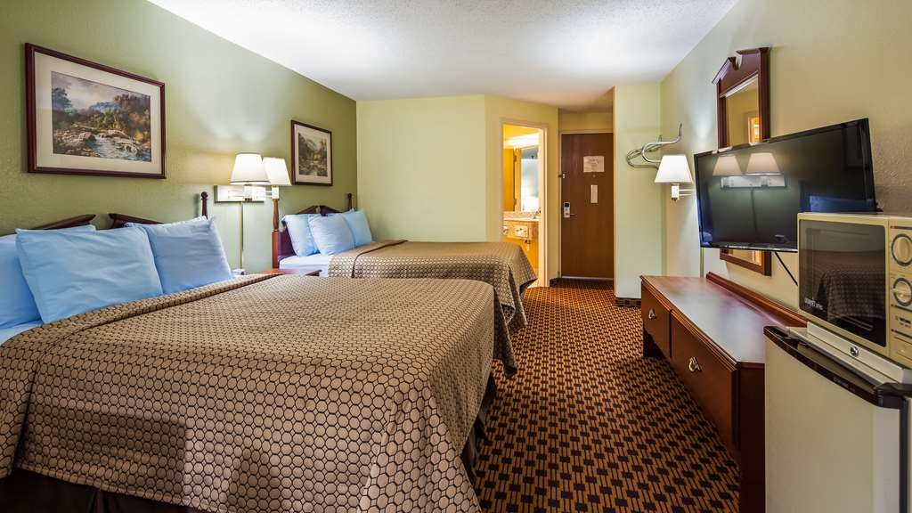 SureStay Plus Hotel by Best Western Chattanooga - Guest room