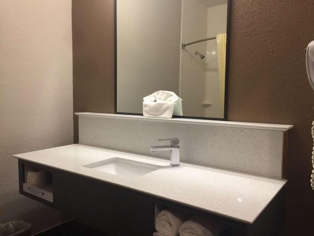 SureStay Hotel by Best Western Brownsville - Habitaciones/Alojamientos