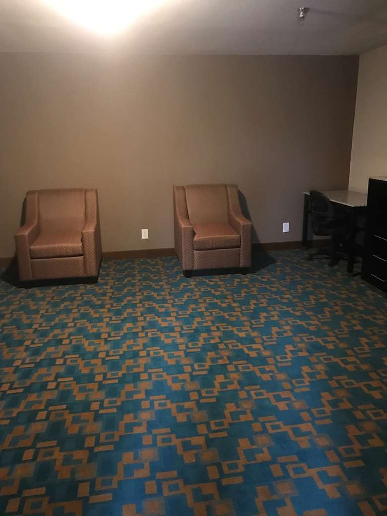 SureStay Hotel by Best Western Brownsville - Suite