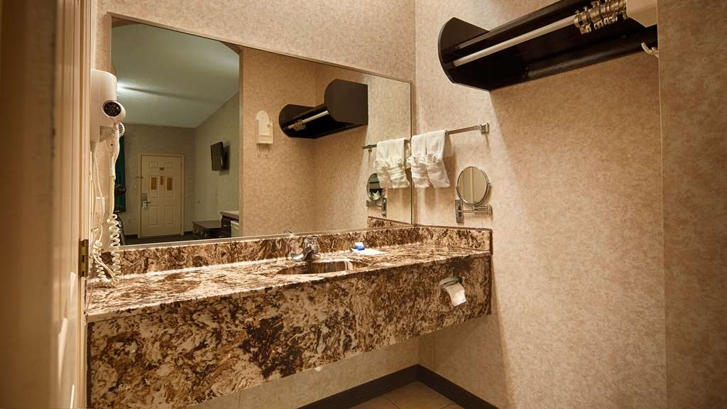 SureStay Hotel by Best Western Mission - All guest bathrooms have a large vanity with plenty of room to unpack the necessities.