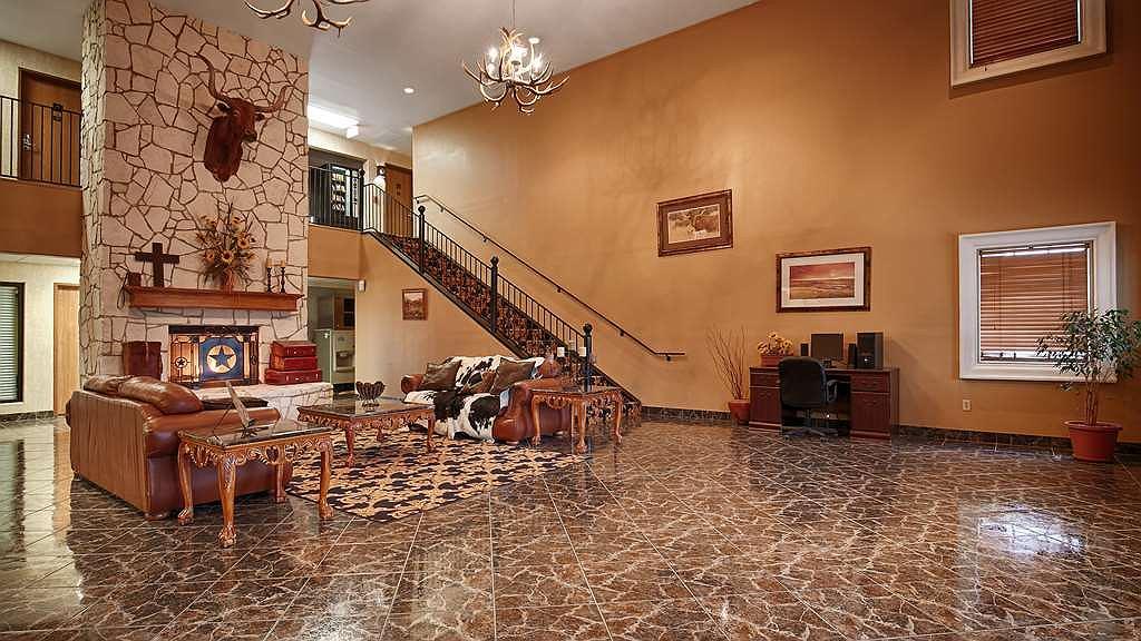 SureStay Plus Hotel by Best Western Beeville - Vista del vestíbulo