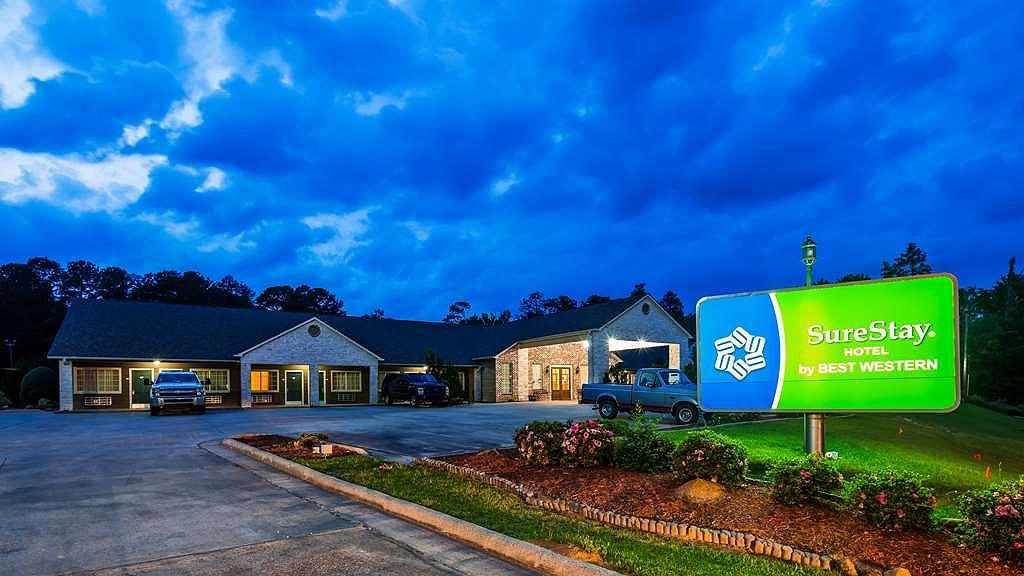 SureStay Hotel by Best Western Leesville - Facciata dell'albergo