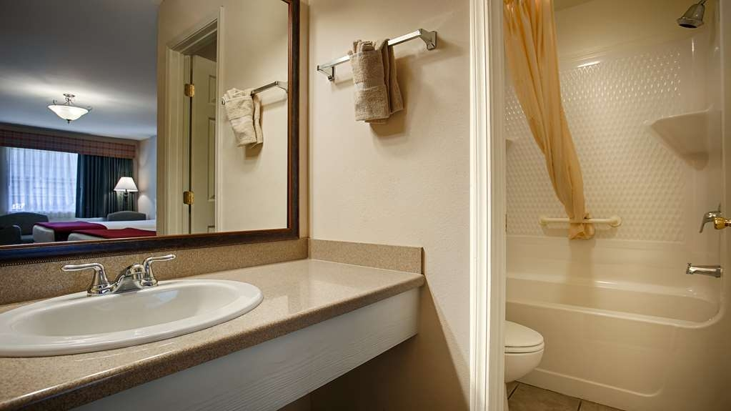 SureStay Hotel by Best Western Leesville - We take pride in making everything spotless for your arrival.