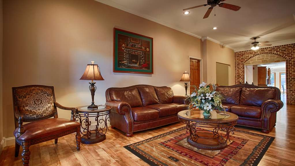SureStay Hotel by Best Western Leesville - Our lobby is the perfect spot to relax after a long day of work and travel.