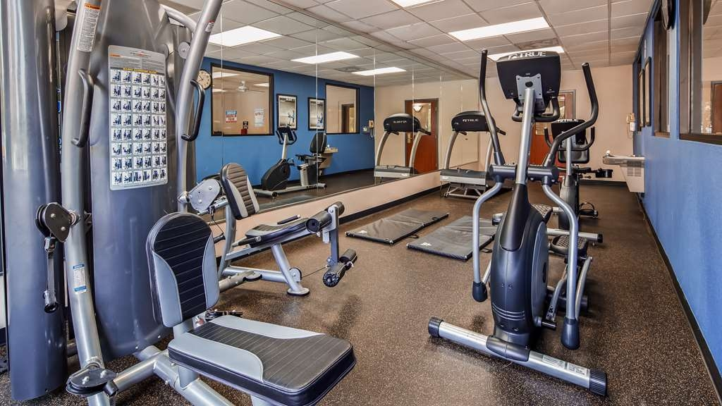 SureStay Plus Hotel by Best Western Houston Medical Center - Our fitness center is outfitted with everything you need for a great workout.