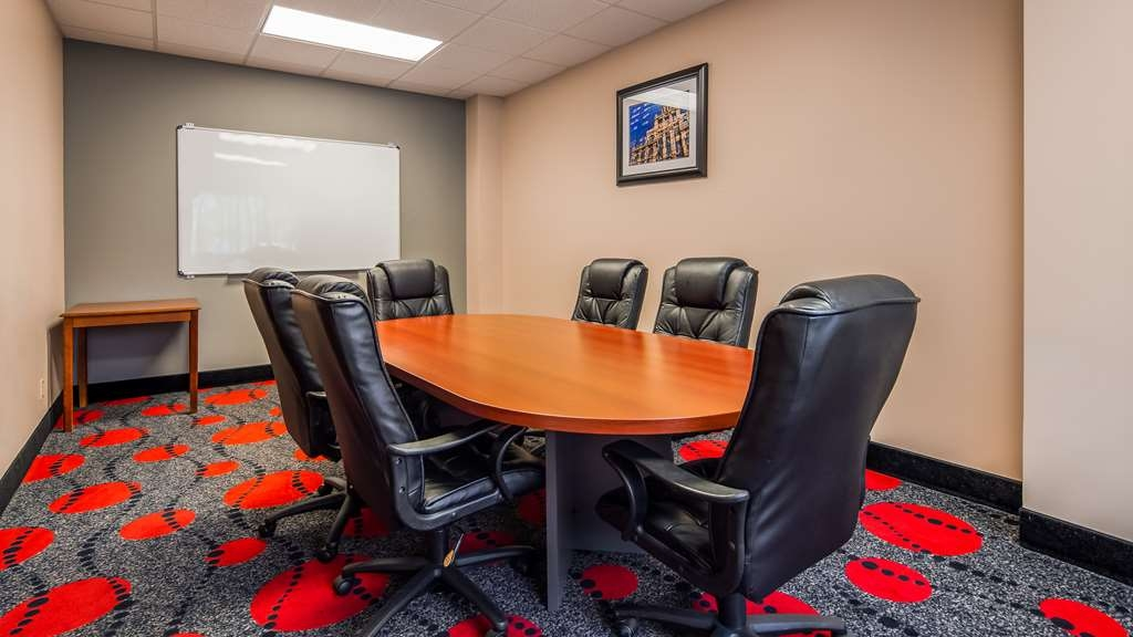 SureStay Plus Hotel by Best Western Houston Medical Center - Need to schedule a meeting for business? We have space available for you and your clients.
