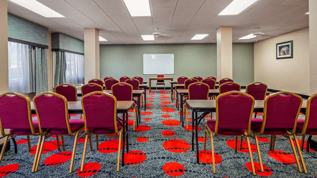 SureStay Plus Hotel by Best Western Houston Medical Center - Whether you need a theater, classroom, banquet or reception setting we can accommodate your next event.