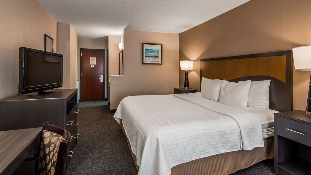 SureStay Plus Hotel by Best Western Houston Medical Center - Your comfort is our first priority. In our king, you will find that and much more