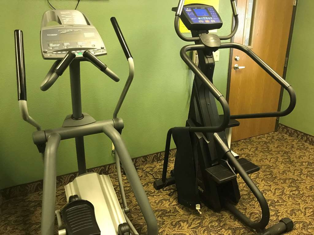 SureStay Plus Hotel by Best Western Bettendorf - Stay active in our fitness center with a variety of equipment.