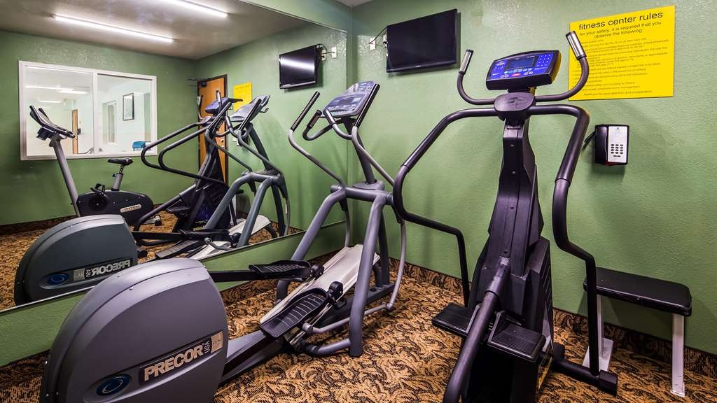 SureStay Plus Hotel by Best Western Bettendorf - Our fitness center is outfitted with everything you need for a great workout.