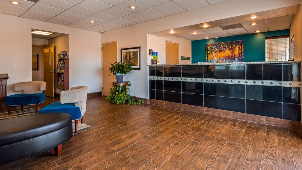 SureStay Hotel by Best Western Ottawa - We make each guest our top priority, and we won't rest until you're happy.
