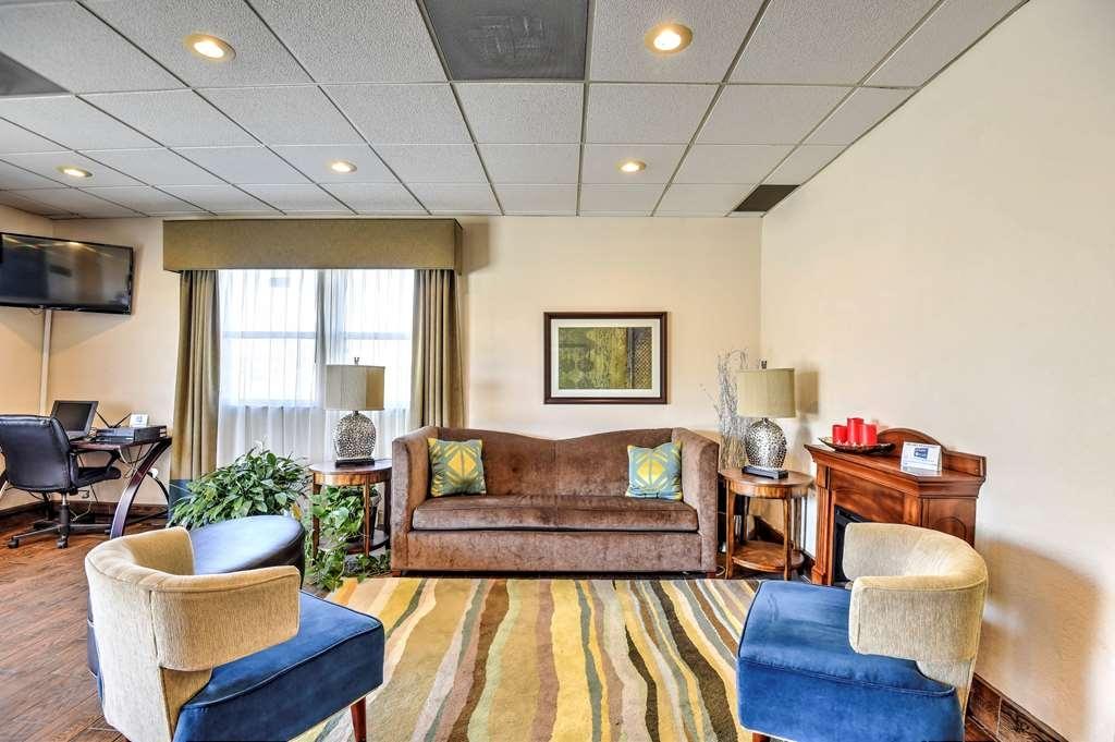 SureStay Hotel by Best Western Ottawa - Vue du lobby
