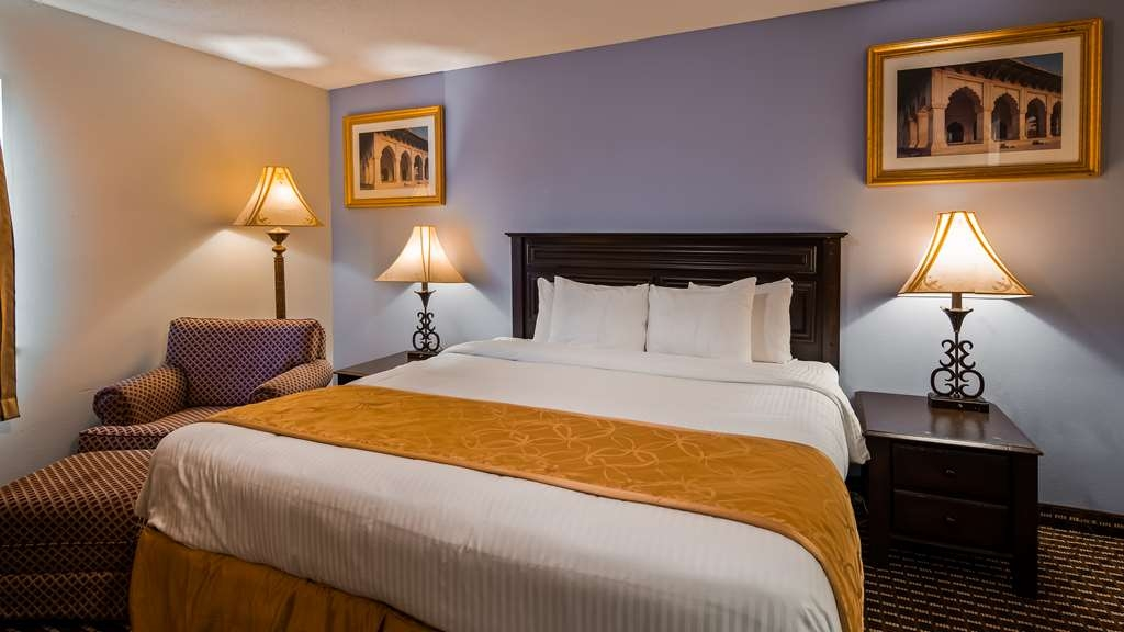 SureStay Plus Hotel by Best Western Houston Intercontinental - Suite