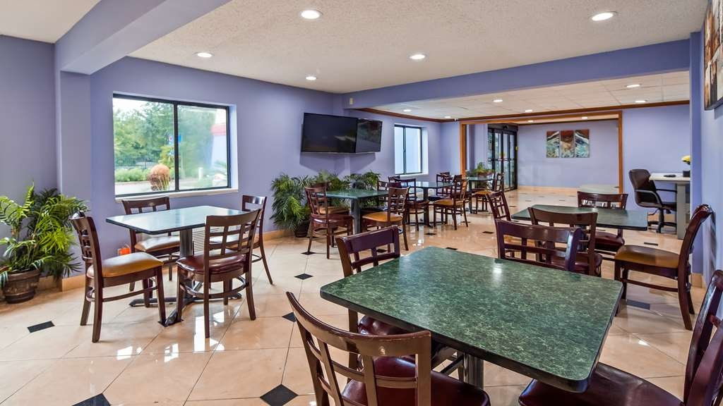 SureStay Plus Hotel by Best Western Houston Intercontinental - Restaurant / Gastronomie