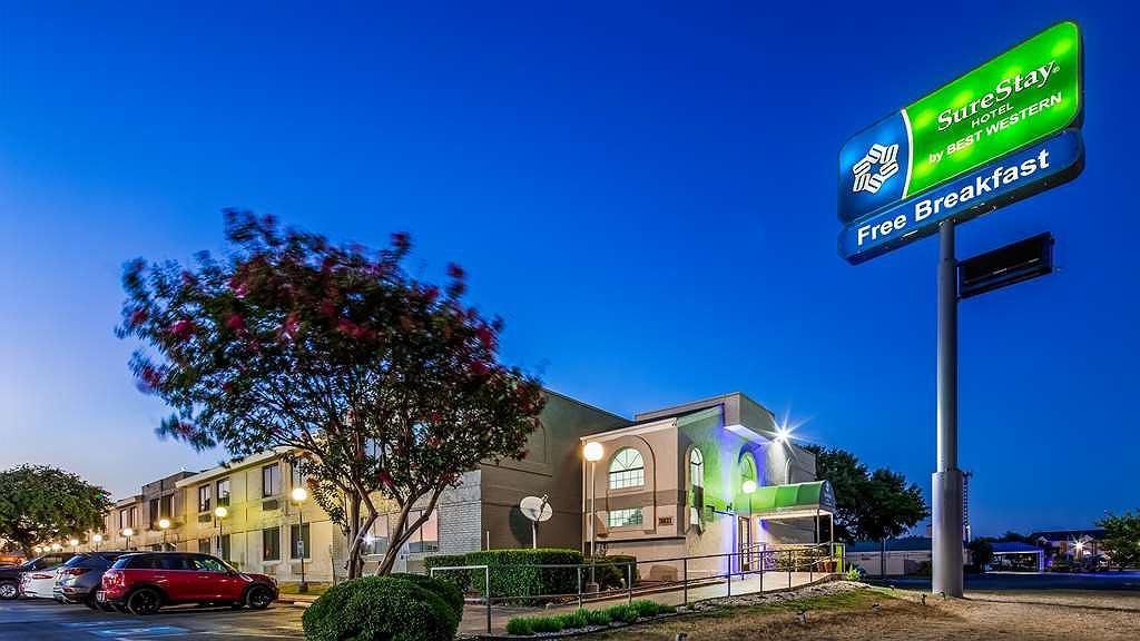 SureStay Hotel by Best Western San Antonio Northeast - Aussenansicht