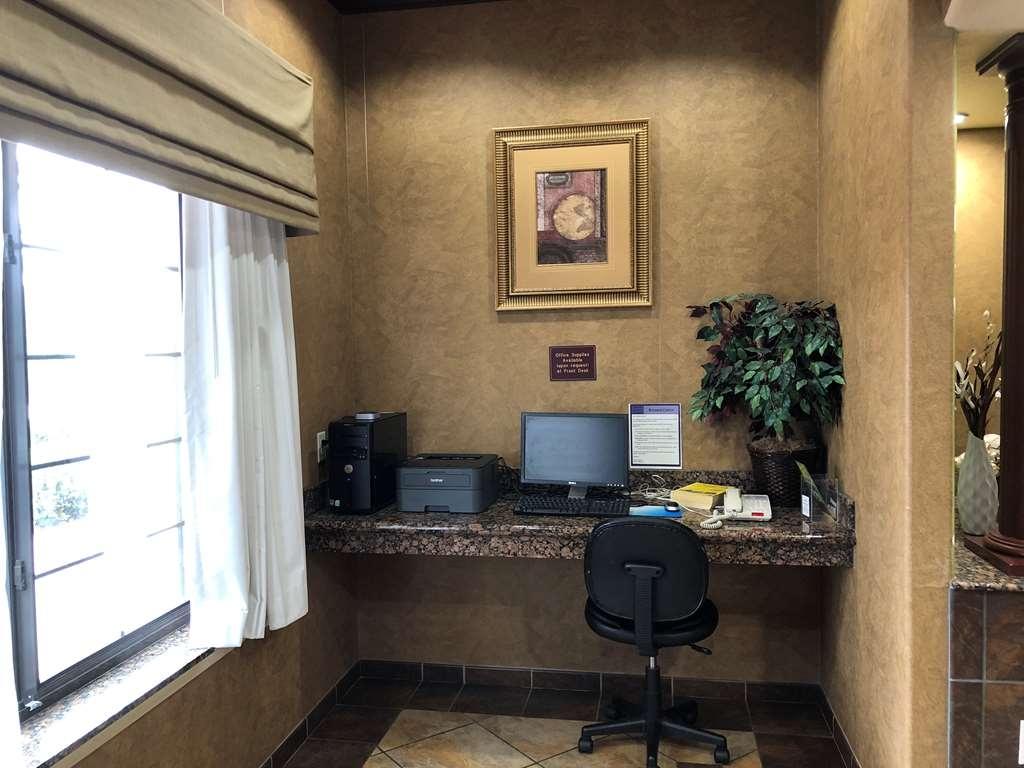 SureStay Plus Hotel by Best Western San Antonio SeaWorld - Geschäft-zentrum
