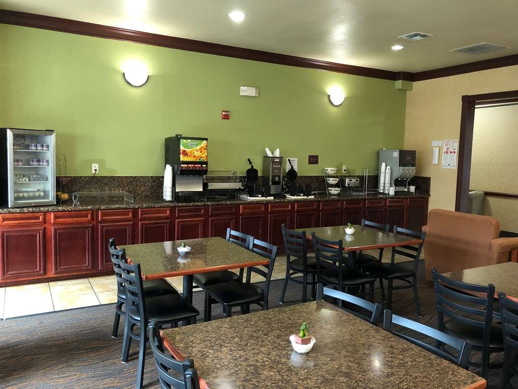 SureStay Plus Hotel by Best Western San Antonio SeaWorld - Restaurante/Comedor