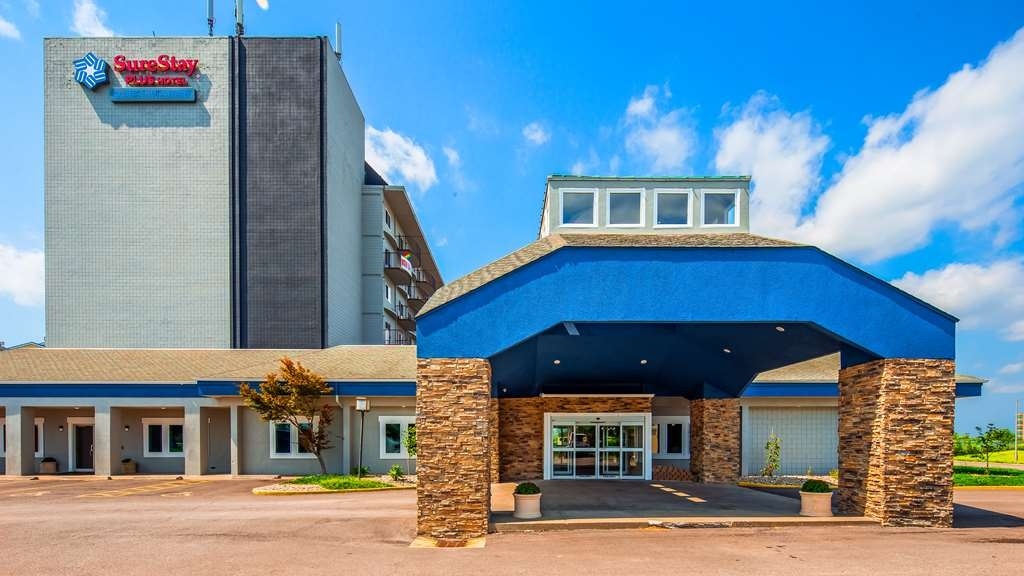 SureStay Plus Hotel by Best Western Kansas City Airport - Your comfort comes first at the SureStay Plus Hotel by Best Western Kansas City Airport!