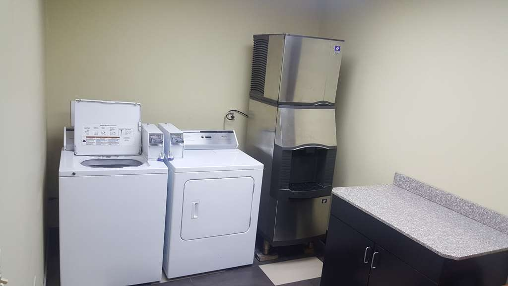 SureStay Plus Hotel by Best Western Blue Springs - Don't leave with dirty clothes and utilize our on-site guest laundry.