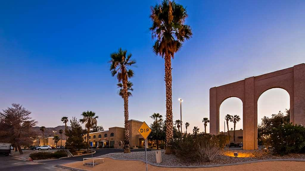 SureStay Plus by Best Western Twentynine Palms Joshua Tree - Vista exterior