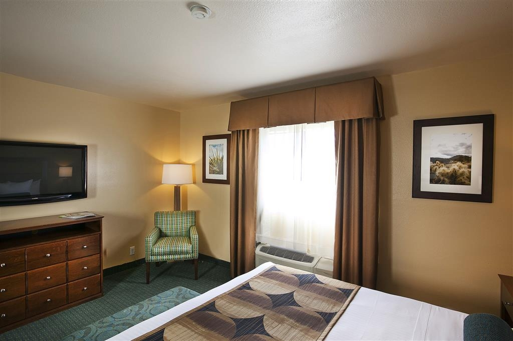 Best Western Gardens Hotel at Joshua Tree National Park - Suite