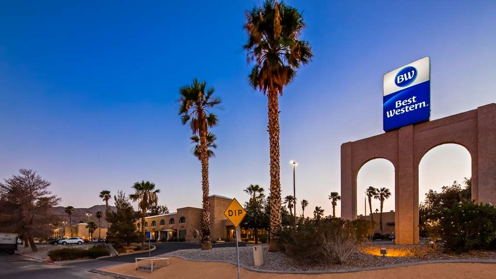 Best Western Gardens Hotel at Joshua Tree National Park - Vista Exterior