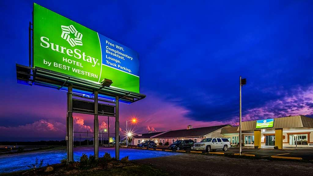 SureStay Hotel by Best Western Higginsville - Area esterna