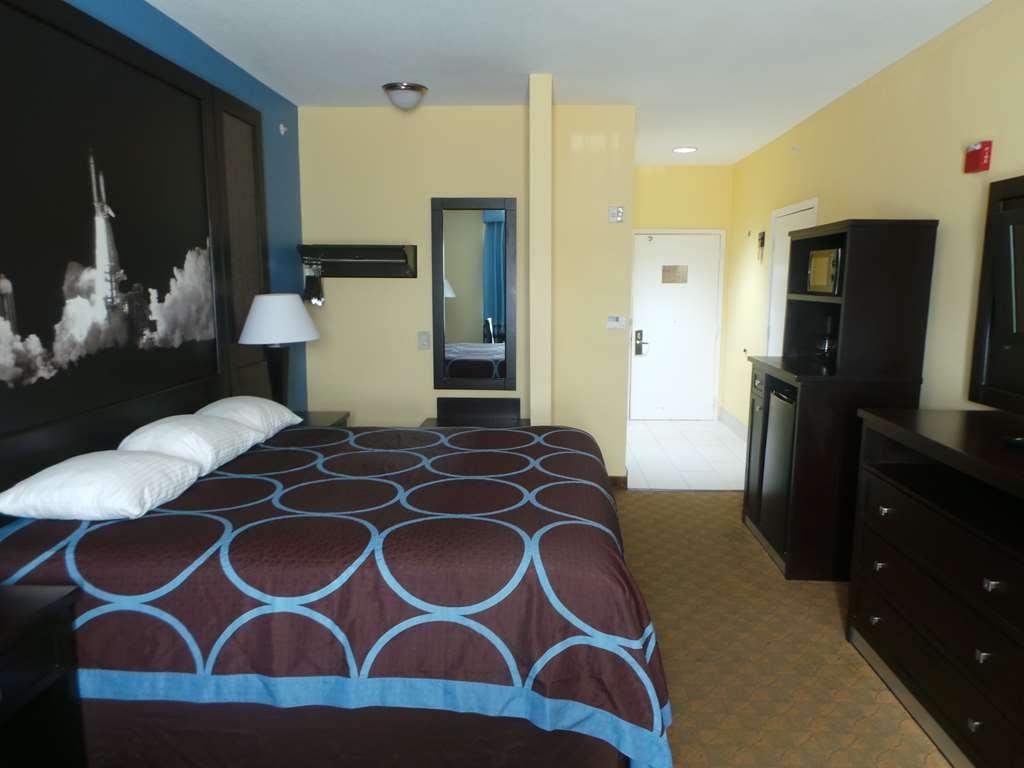 SureStay Plus Hotel by Best Western Alvin - One King Guest Room