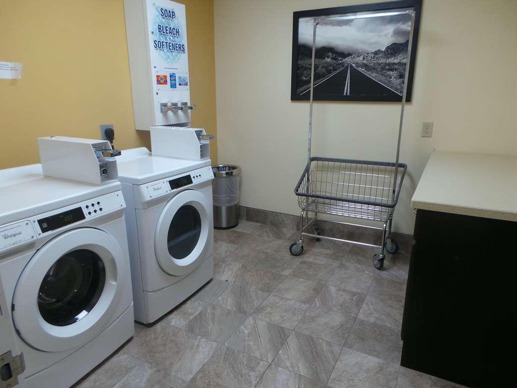 SureStay Plus Hotel by Best Western Alvin - Guest Laundry