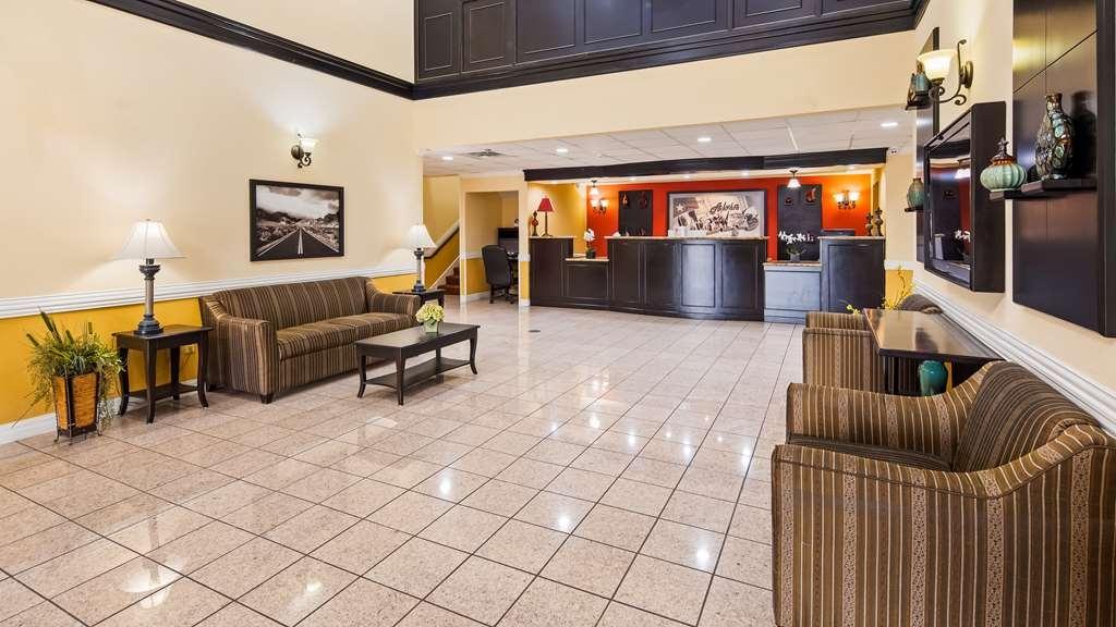 SureStay Plus Hotel by Best Western Alvin - Hall