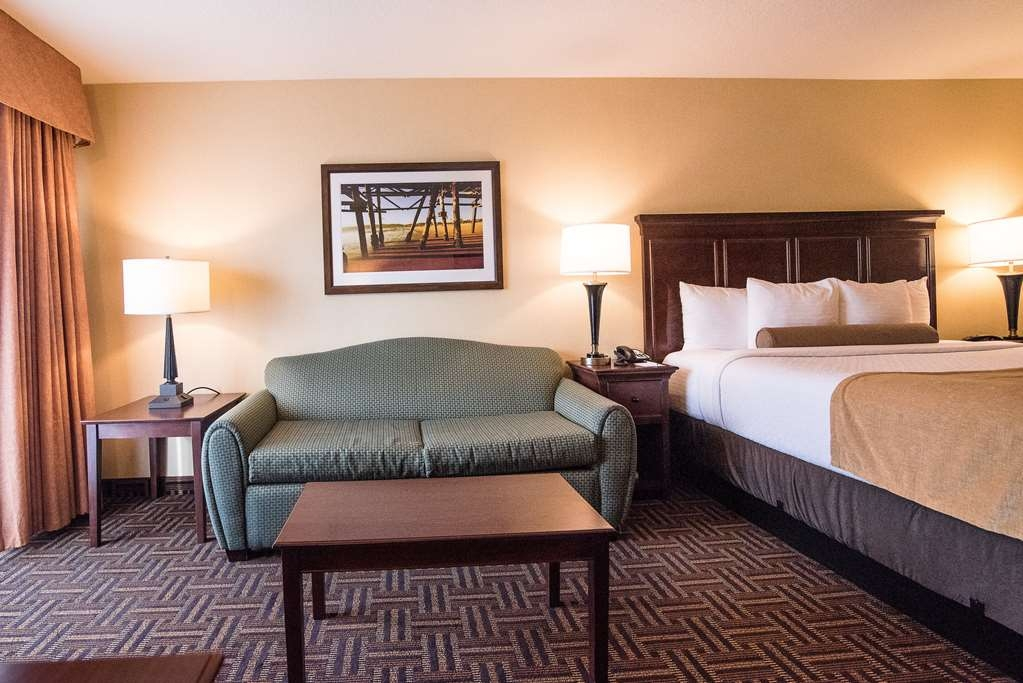 Best Western Plus Redondo Beach Inn - Deluxe King with Sofabed