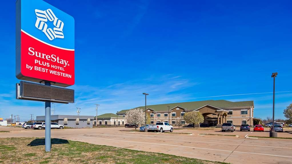 SureStay Plus Hotel by Best Western Quanah - Facciata dell'albergo