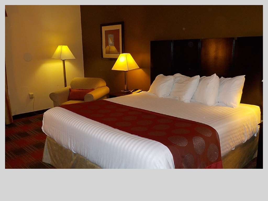 SureStay Plus Hotel by Best Western Nashville Southeast - Mobility Accessible King Guest Room