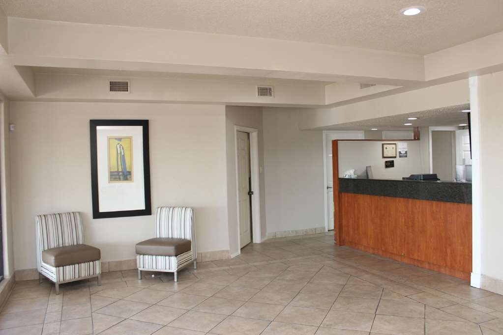 SureStay Hotel by Best Western Laredo - Our front desk is happy to provide all the comforts of home for you during your stay.