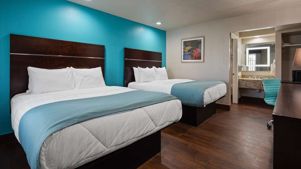 SureStay Hotel by Best Western Laredo - Make yourself at home in our 2 queen bedroom.