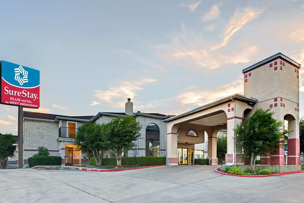 SureStay Plus Hotel by Best Western San Antonio Airport - Facciata dell'albergo
