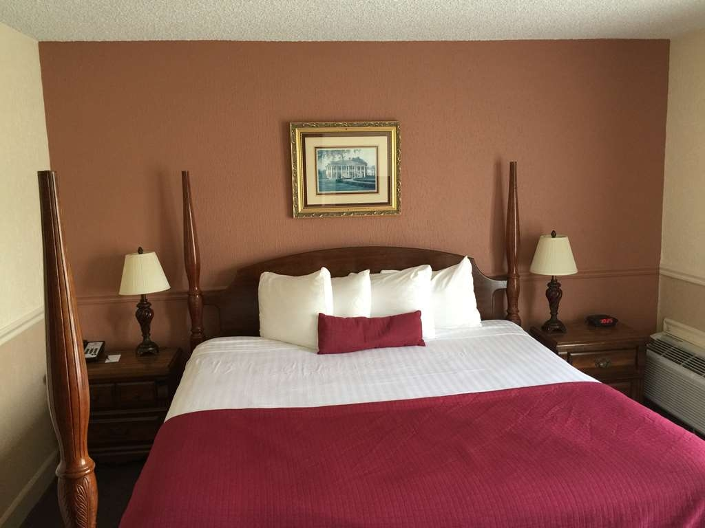 SureStay Plus Hotel by Best Western Baton Rouge - Suite