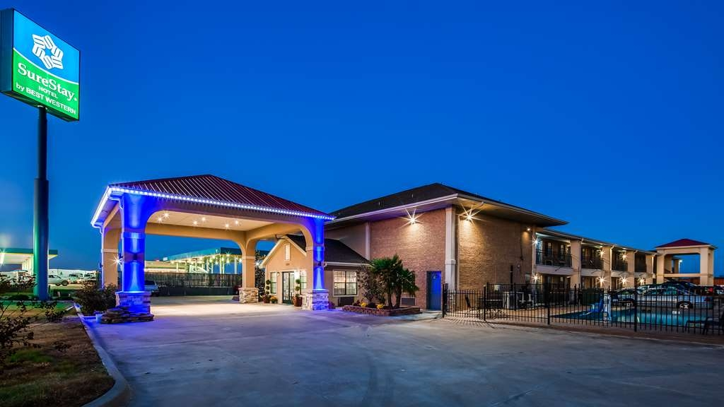 SureStay Hotel by Best Western Terrell - We offer easy access to Terrell's most exciting events and attractions.