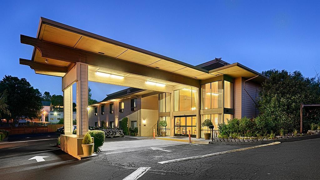 Best Western Plus Sonora Oaks Hotel & Conference Center - Area esterna