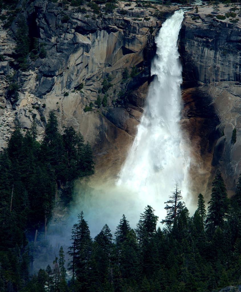 Best Western Plus Sonora Oaks Hotel & Conference Center - View of one of the waterfalls in Yosemite National Park.