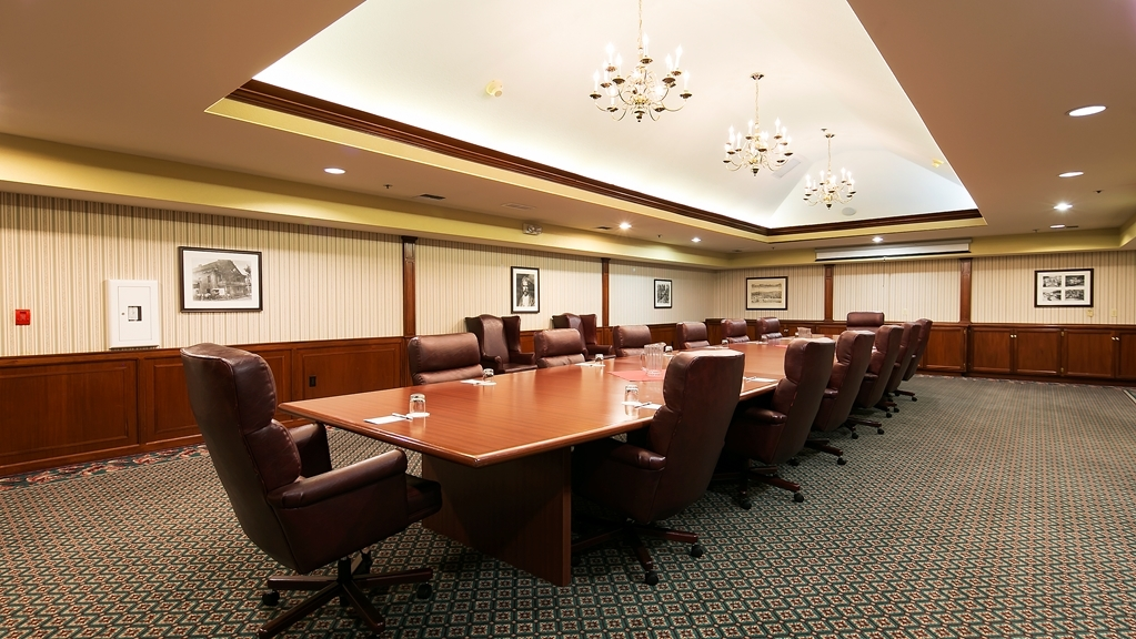 Best Western Plus Sonora Oaks Hotel & Conference Center - Give us a call to check rates and book one of our meeting rooms.
