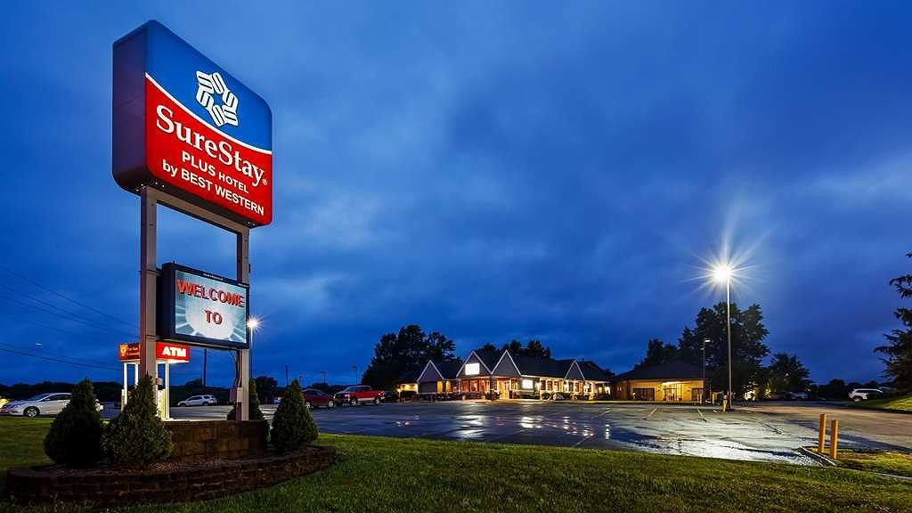 SureStay Plus Hotel by Best Western Farmington - Vista exterior